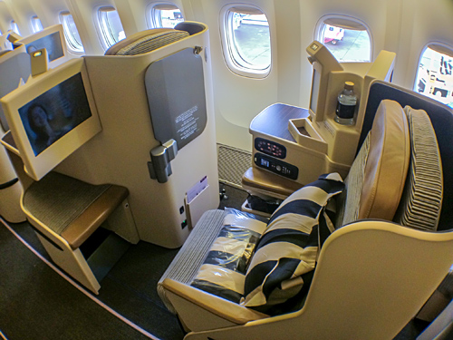 Etihad Business Class BKK-AUH B777-300ER | bart.