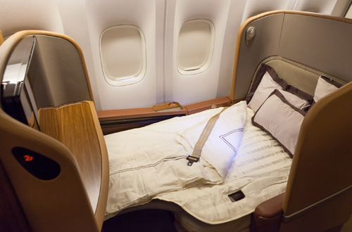 Singapore Airlines First Class Sq211 To Sydney Bart La