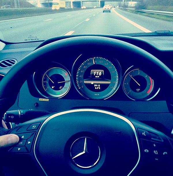 Luxury weekend in paris for Mercedes benz loyalty discount