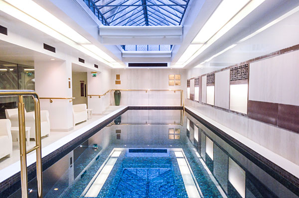 Swimming Pool Town Hall Hotel in East London
