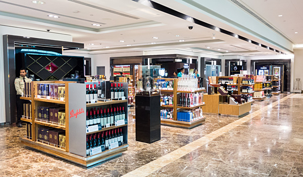 Emirates First Class Lounge Duty Free Shopping Dubai Terminal 3