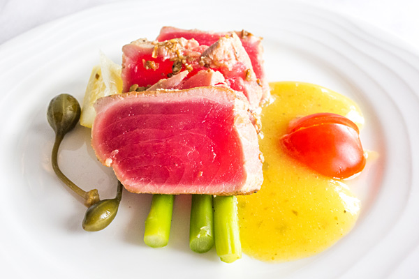 Emirates First Class Seared Tuna