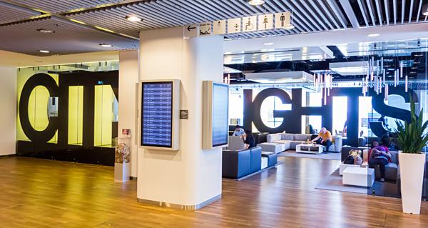 City Lights Lufthansa Senator Lounge B Frankfurt Airport Terminal 1 departure area B level 3 next to gate B43