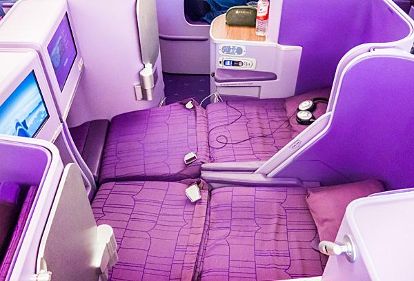 Full Flat Honeymoon Seats 19E 19F Thai Airways A380 Royal Silk Business Class
