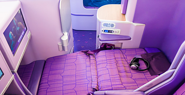 Full Flat Seat Thai Airways A380 Royal Silk Business Class
