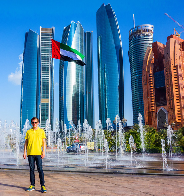 Bart Lapers in Abu Dhabi in front of Etihad Towers