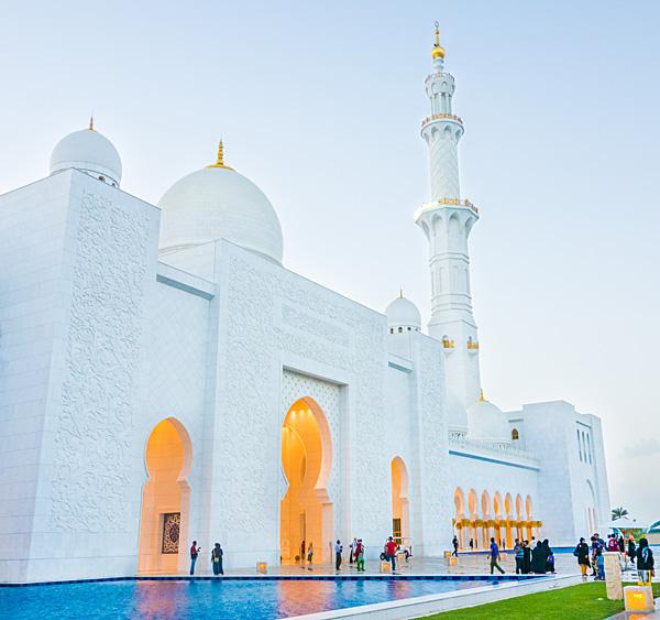 Sheikh Zayed Mosque Abu Dhabi Blue Hour