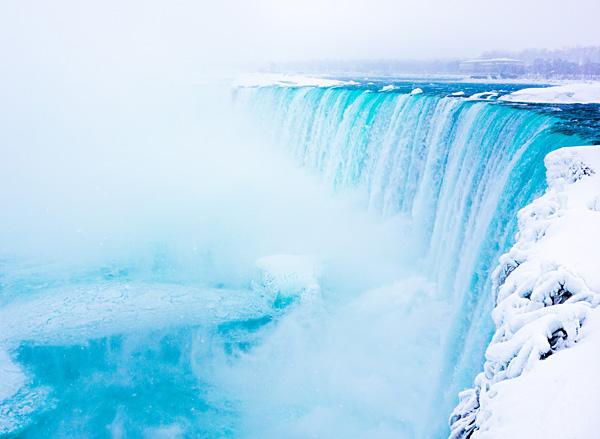 Frozen Niagara Falls Horseshoe Falls Canada
