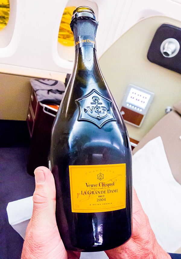 Qantas First Class Veuve Clicquot La Grande Dame 2004