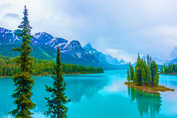 Maligne Lake Jasper National Park Canada