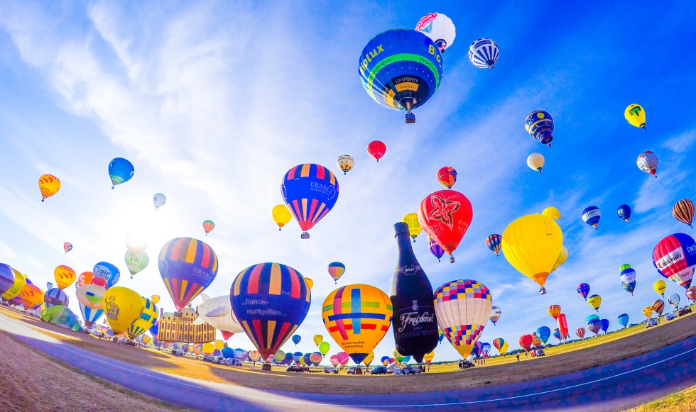 Hot Air Balloons World Record 2015 France LMAB15