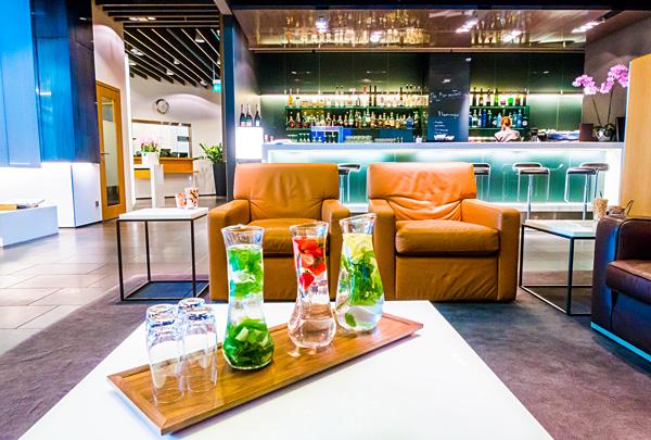 Lufthansa First Class Lounge Munich Bar