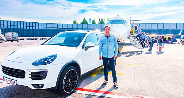 Lufthansa First Class Munich white Porsche Cayenne limo chauffeur service ride