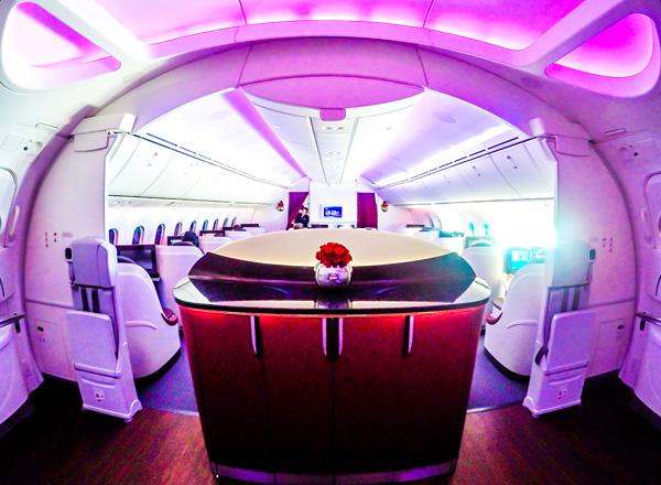 Qatar Airways B787 Dreamliner Business Class Cabin
