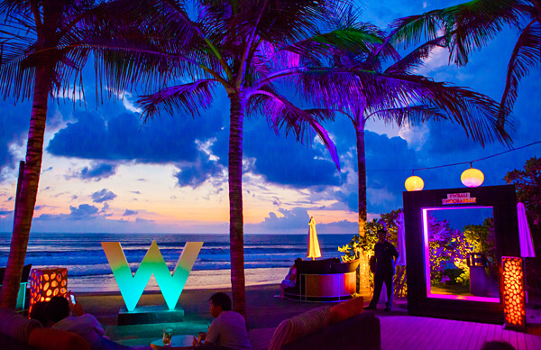 Sunset at WOOBAR W Retreat Spa Bali