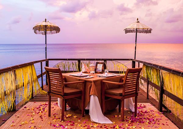 Sunset dinner at pier Ayana Resort Bali