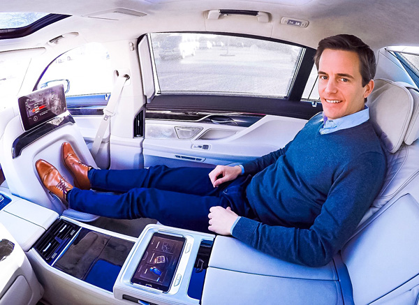 Bart Lapers BMW 7 Series Executive Lounge