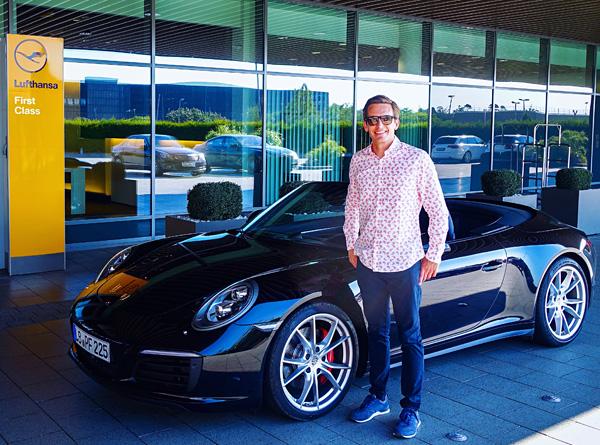 bart lapers Lufthansa First Class Terminal Frankfurt Porsche- 911 Carrera 4S Cabriolet