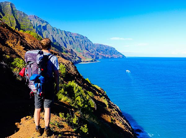 hiking the kalalau trail na pali coast kauai