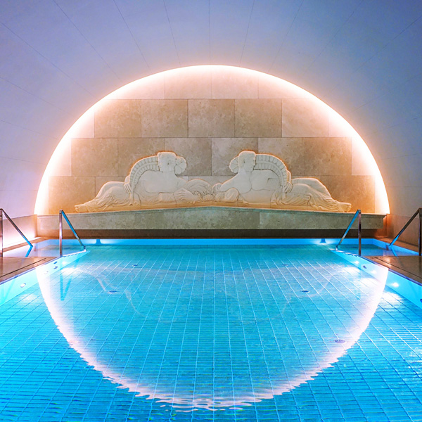 Park Hyatt Vienna Bank Vault Pool