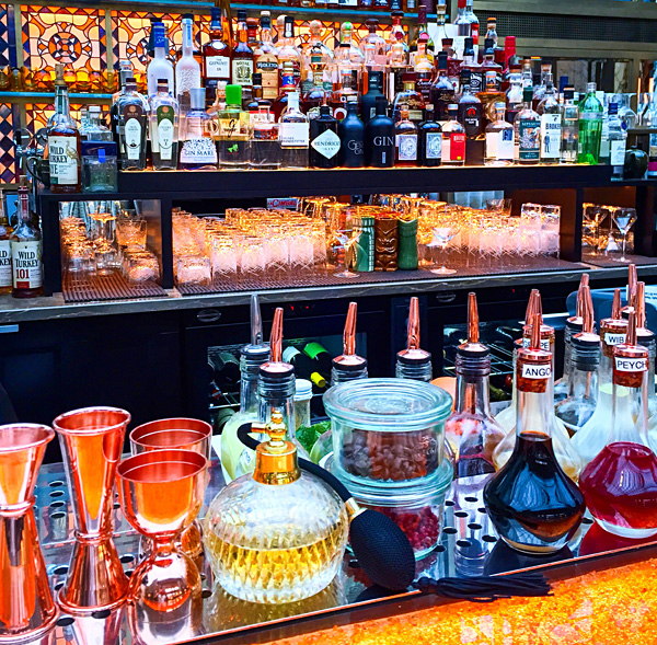 The Bank cocktail bar Park Hyatt Vienna