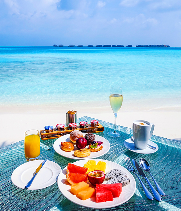 Breakfast in paradise at Conrad Maldives Rangali Island