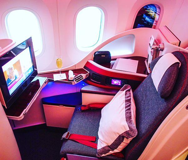 Qatar Airways Business Class Brussels to Doha Boeing 787 Dreamliner