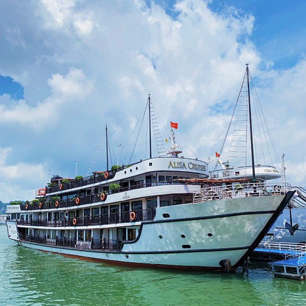 Alisa Premier Cruise Ship Halong Bay 2019