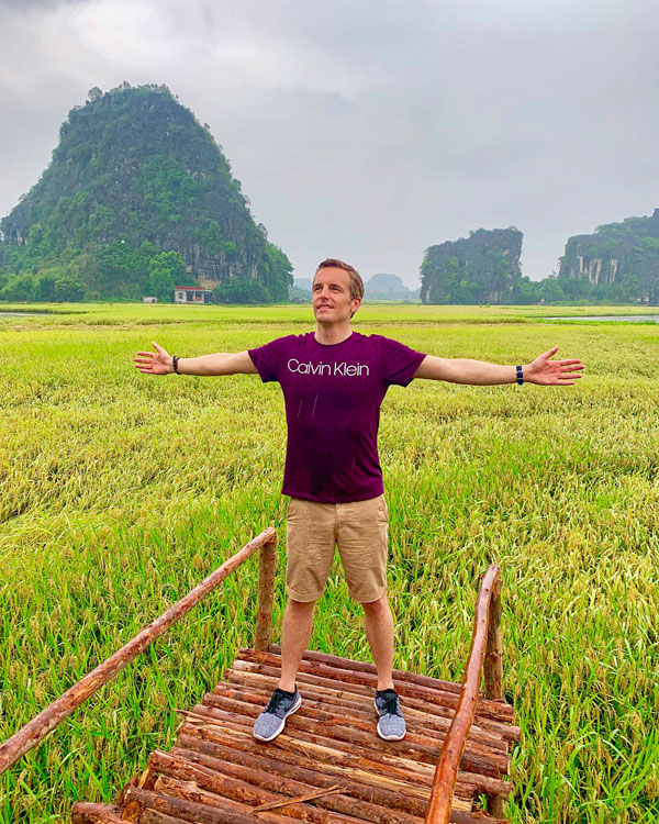 North Vietnam with Cathay Pacific | bart la